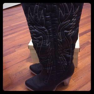 Charles Albert high heel cowgirl boots 7.5